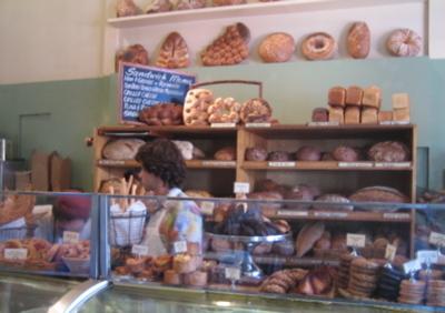 La_brea_bread_1